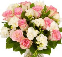 ABC Flowers Fitzroy Melbourne Deliver B008 Roses and freesias bouquet 7 days a week melbourne wide free delivery to epworth hospitals